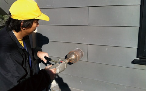 工場や倉庫の湿気による結露、防カビ対策、寒さ・省エネ対策に最適な太陽熱暖房&換気システム「ソーラーウォーマー」の設置風景